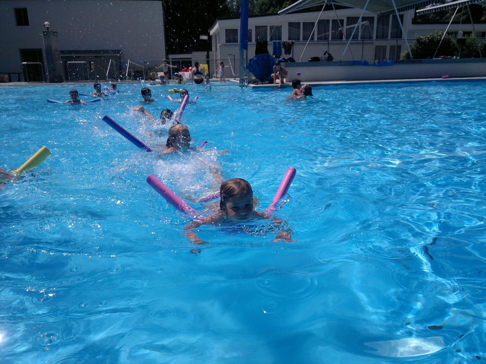Corsi di nuoto per bambini e ragazzi